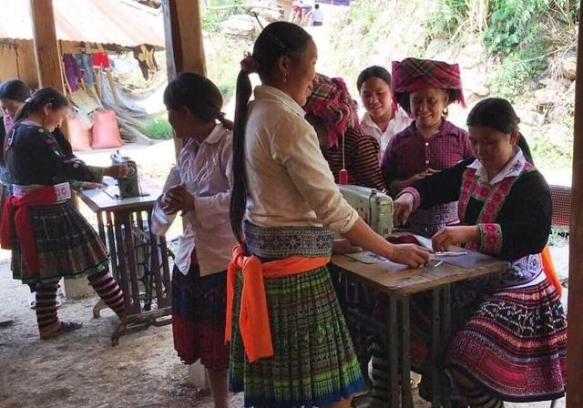 Nhà nước Việt Nam bằng hành động cụ thể thúc đẩy quyền của các dân tộc thiểu số
