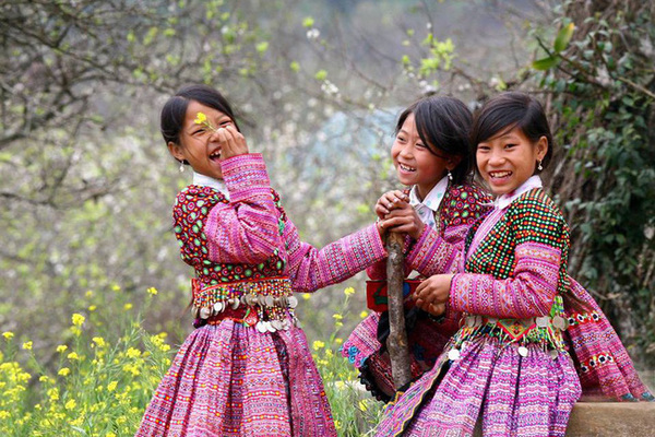 Hạnh phúc của nhân dân là mục đích tối thượng gắn với lợi ích quốc gia dân tộc trong xu thế hội nhập