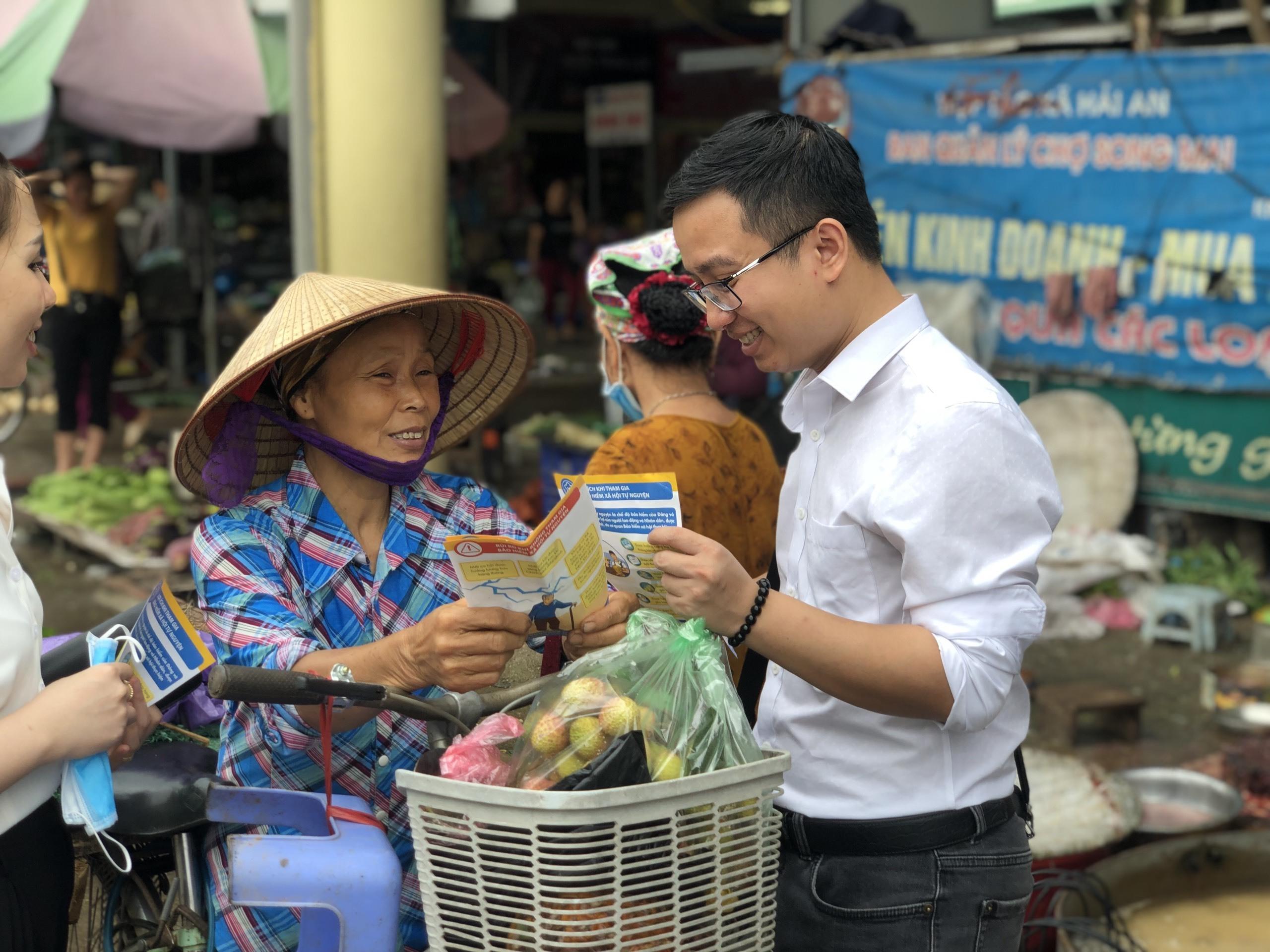 Còn khó khăn, nhưng Nhà nước Việt Nam không ngừng thúc đẩy quyền được bảo đảm an sinh