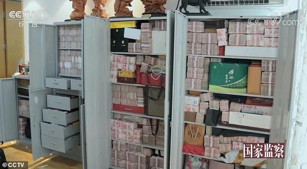 Quan tham Trung Quốc có nhà chất đầy tiền, lĩnh án tử hình