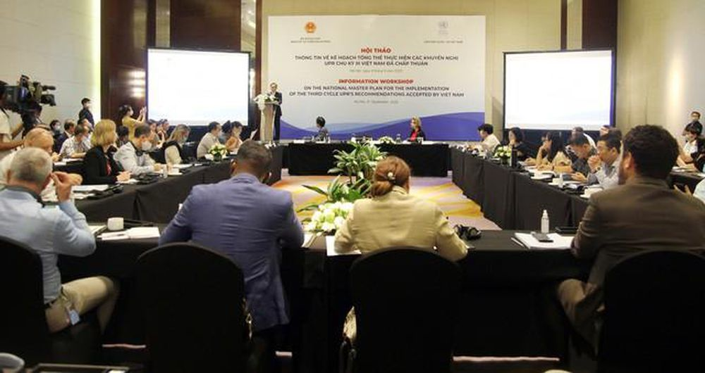 Xem xét về quyền con người: Đối thoại và hợp tác mới là cách thức hiệu quả