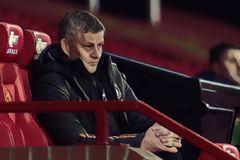 MU lại bị Man City đá văng ở League Cup, Solskjaer thừa nhận kém