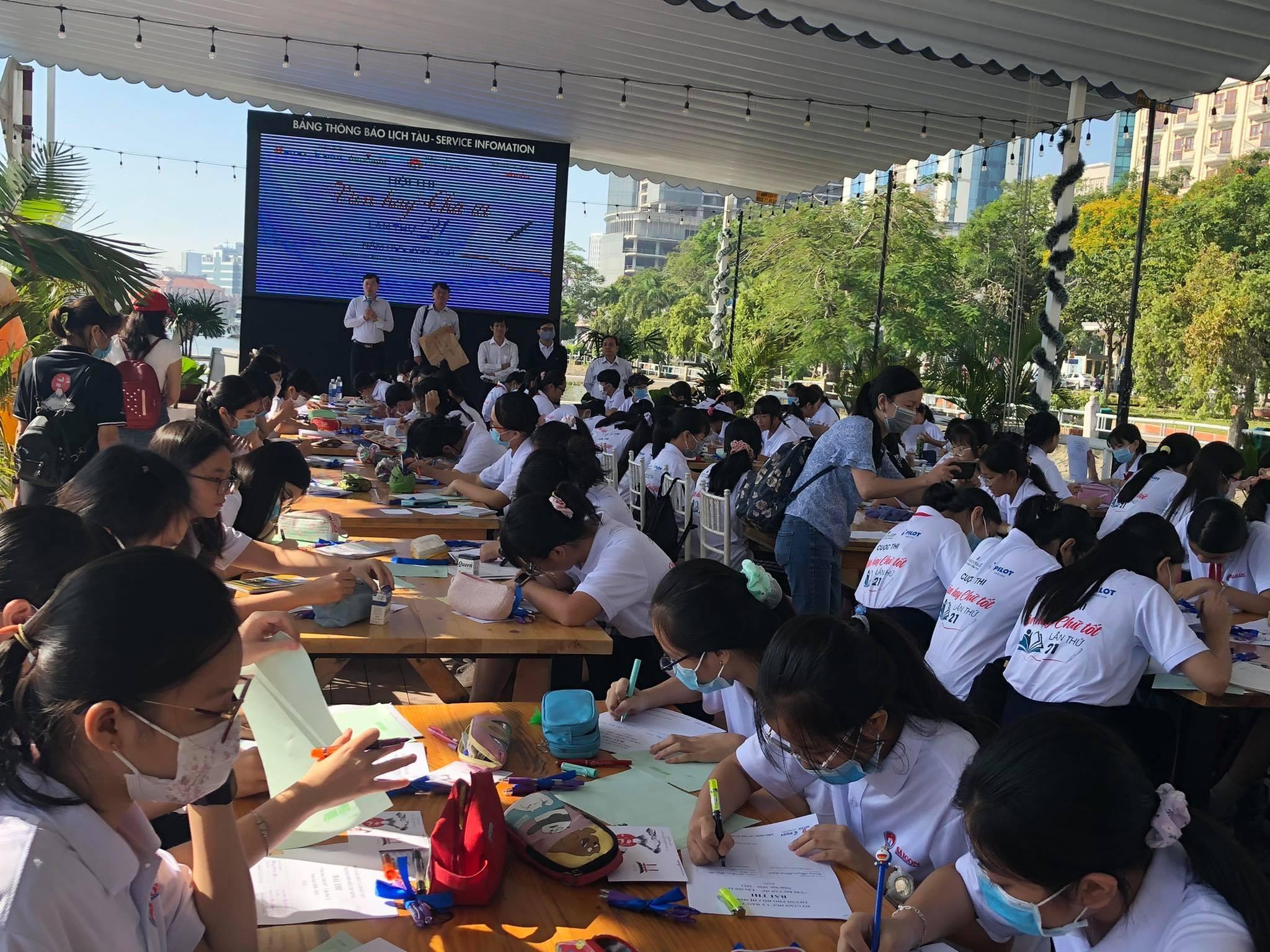 Hình thức thi Văn 'lạ' khiến học trò thích thú ở Sài Gòn
