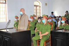 Đề nghị tử hình cựu bí thư xã giết người, đốt xác ở Đắk Nông