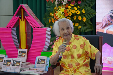 Music researcher Nguyen Vinh Bao dies aged 103