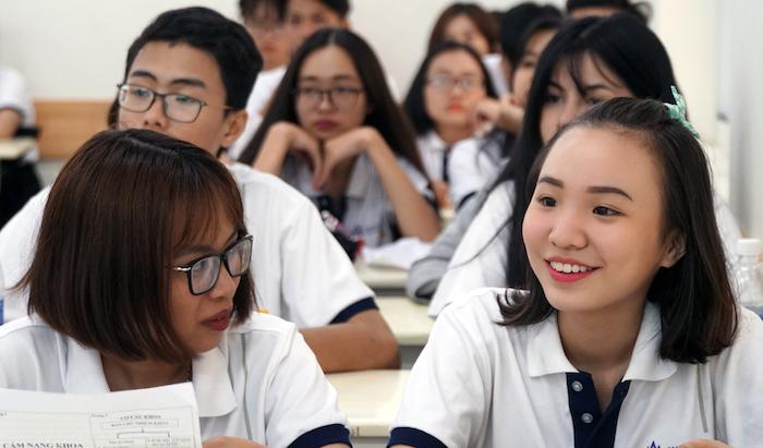 Hơn 90.000 sinh viên ở TP.HCM tức tốc nghỉ học từ hôm nay