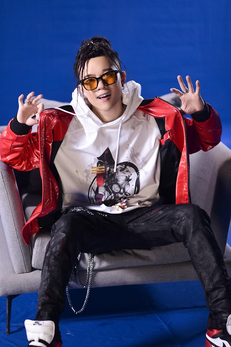 Rapper Young Uno trở lại với MV tiền tỷ sau 10 năm 'ở ẩn'