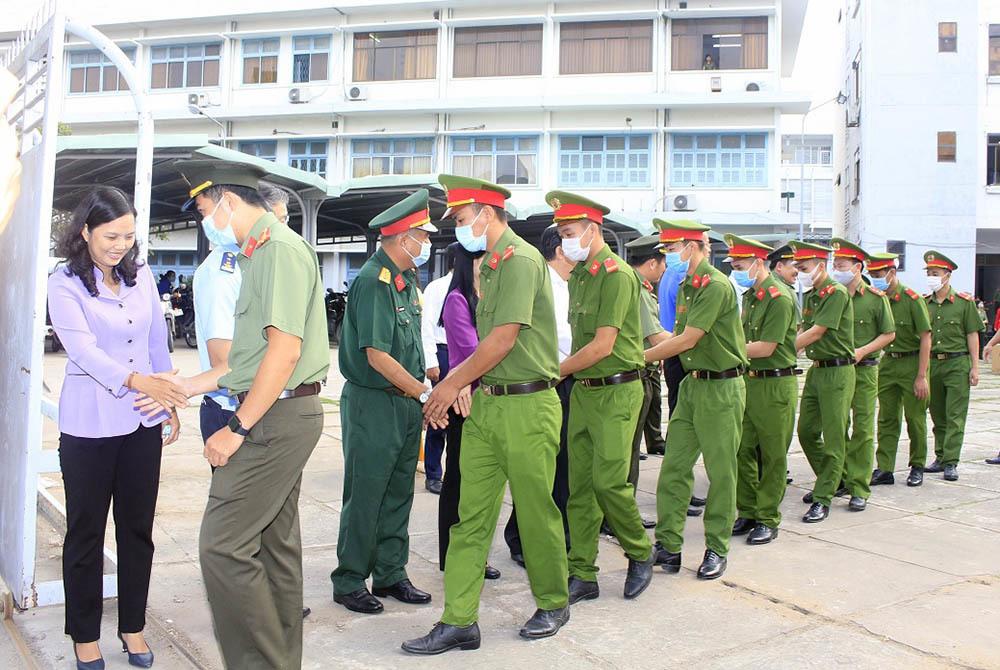 Bộ Quốc phòng phát động toàn dân tố giác người nhập cảnh trái phép