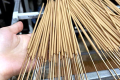 Well-off families spend tens of millions on incense with natural scents