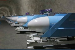 Iran tiết lộ căn cứ tên lửa ngầm tuyệt mật ở Vùng Vịnh