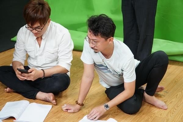 Đàm Vĩnh Hưng, Cẩm Ly cùng dàn sao tham gia Táo Xuân 2021