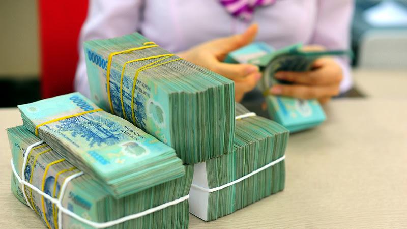 Chục tỷ cuối năm, tìm ngân hàng lãi suất cao cất tiền