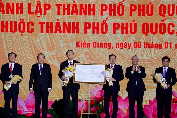 Phó Thủ tướng nêu 4 trụ cột để Phú Quốc trở thành trung tâm khu vực và quốc tế