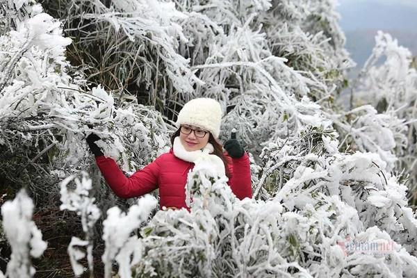 Băng tuyết xuất hiện nhiều nơi ở miền Bắc