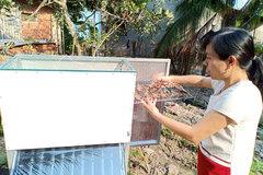 Cô giáo làng chế máy sấy nông sản bằng năng lượng mặt trời