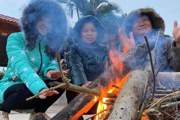 """Rét """"cắt da cắt thịt"""", người dân ở Nghệ An đốt lửa chống chọi"""