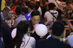 Nam thanh niên nguy cơ tàn phế do hít 3 quả bóng cười mỗi ngày