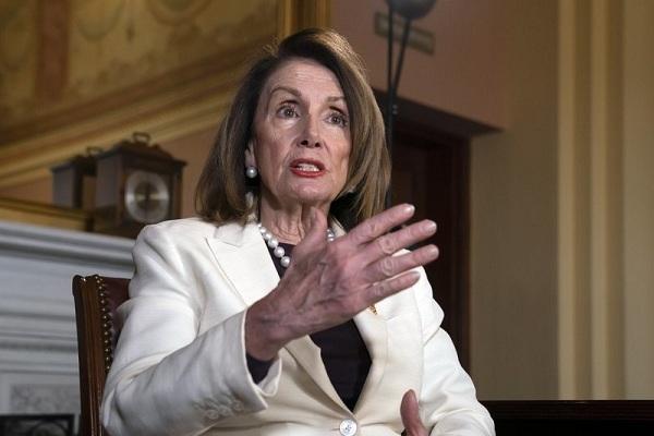 Hạ viện muốn Phó Tổng thống Mỹ tuyên bố ông Trump 'mất năng lực'