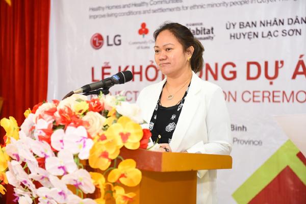 LG trao hơn 2 tỷ đồng hỗ trợ gia đình dân tộc Mường hoàn cảnh khó khăn