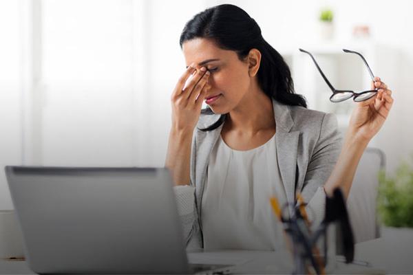 Năm hành động nhỏ gây tác hại cho mắt