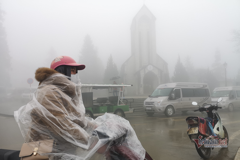 Nhà thờ cổ chìm trong sương, Sa Pa mộng mơ như cổ tích