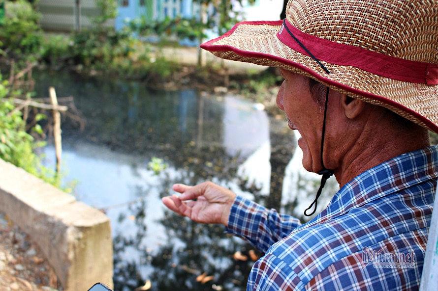 Người đàn ông Sài Gòn thương dòng kênh, tình nguyện vớt rác mỗi ngày