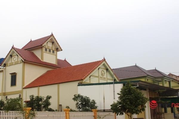 Cả làng ở Nghệ An xuất ngoại buôn bán, gửi tiền tỉ về xây biệt thự