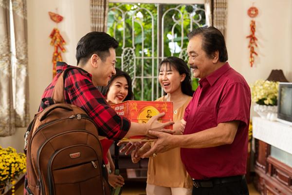 MV Tết của Trà Dr Thanh lay động triệu người xa xứ