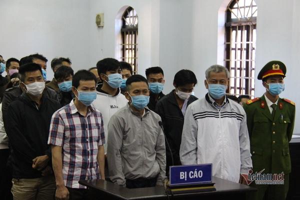 Tòa  xử Trịnh Sướng, hồ sơ chở bằng ô tô tải
