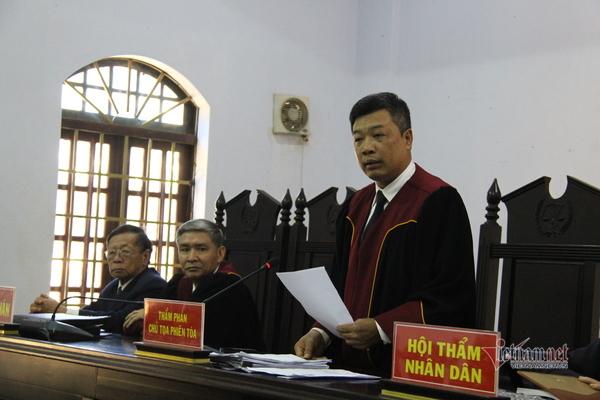 Hoãn xử vụ Trịnh Sướng vì một bị cáo có giấy chứng nhận tâm thần