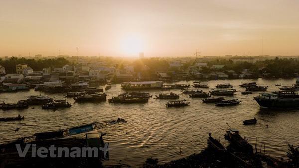 Mekong Delta,Cai Rang floating market