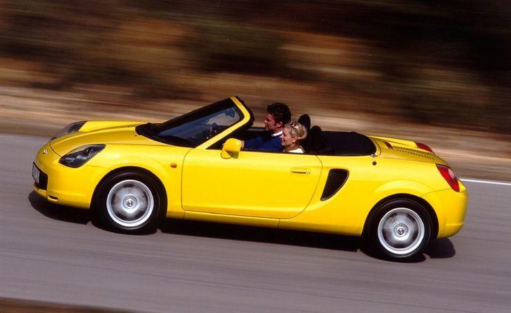 Lý giải Toyota MR2 Spyder là chiếc xe nguy hiểm nhất thế giới