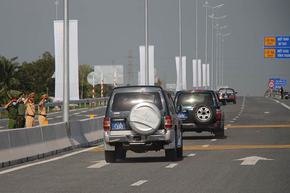 Khánh thành cao tốc hơn 6.300 tỷ, Cần Thơ đi Kiên Giang chỉ còn 50 phút