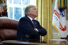 Ông Trump đã làm gì trong lúc bạo loạn nổ ra ở đồi Capitol?