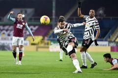 Xem video bàn thắng Burnley 0-1 MU