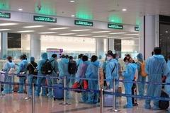 Chính thức tạm dừng cấp phép các chuyến bay từ Anh và Nam Phi về Việt Nam