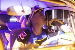 Karik tái xuất với hình ảnh cực ngầu cùng dàn thí sinh Rap Việt