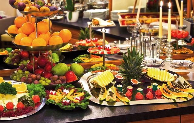 Nếu bạn cứ mê 3 thứ này khi đi ăn buffet sẽ khiến người bán hàng mừng thầm vì đỡ tốn