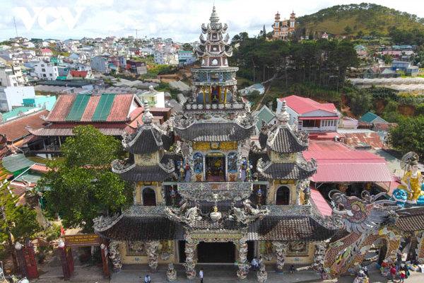An insight into a beautiful Buddhist Shrine in Da Lat