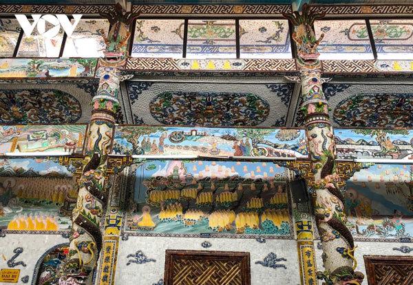 Da Lat travel,Linh Phuoc Pagoda