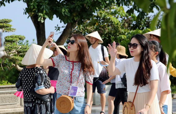 Covid-19 forces travel firms to undergo restructuring
