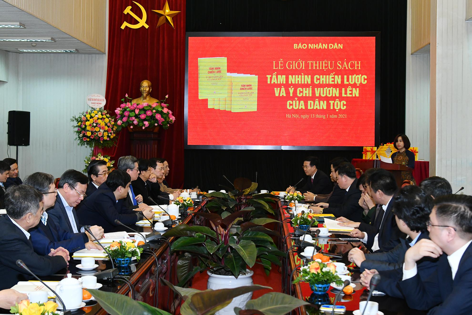 Giới thiệu cuốn sách hưởng ứng các bài viết của Tổng Bí thư, Chủ tịch nước