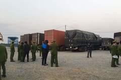 Bắt đoàn xe chở 300 tấn hàng nghi nhập lậu về Hà Nội tiêu thụ