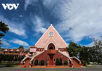 Visiting old pink Catholic Church in Da Lat