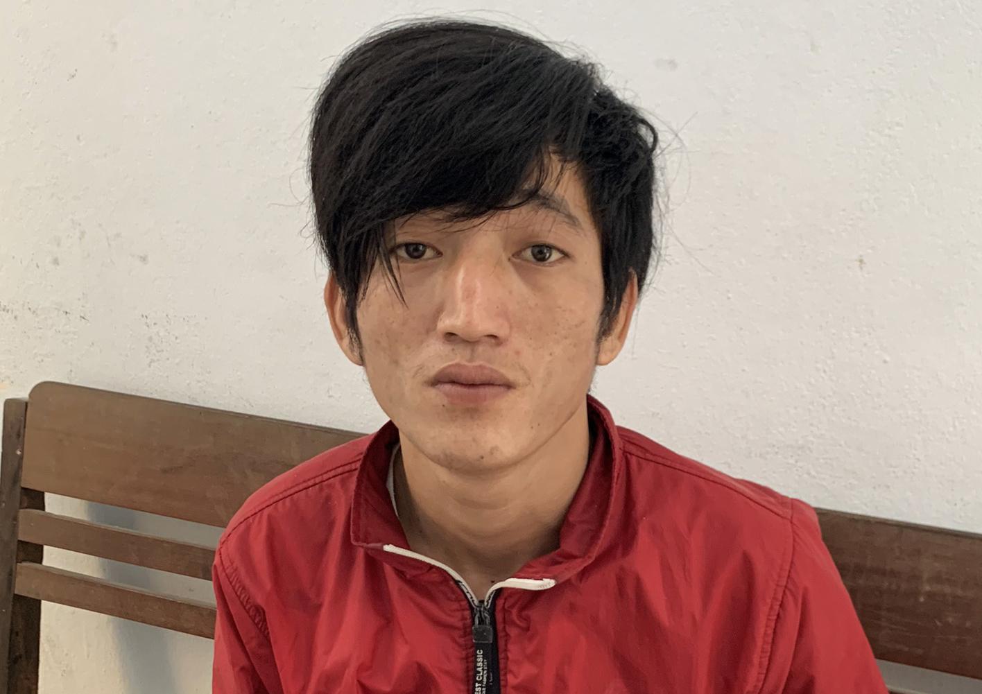 Thanh niên trốn truy nã, trộm xe máy khi đến bệnh viện chăm mẹ
