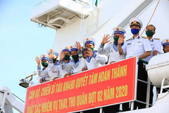 Naval Zone 4 dispatches soldiers to missions in Truong Sa archipelago