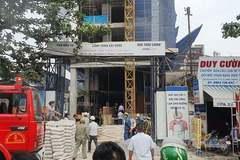 Giải cứu 3 người mắc kẹt trong đám cháy công trình xây dựng ở Sài Gòn