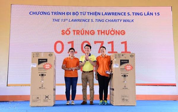 Đi bộ từ thiện Lawrence S.Ting 2021: Bước chân chia sẻ