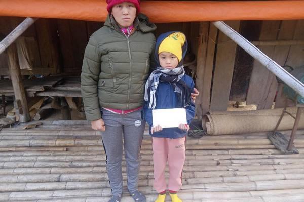 Trao hơn 116 triệu đồng đến bé Triệu Hoài Thu bị tim bẩm sinh