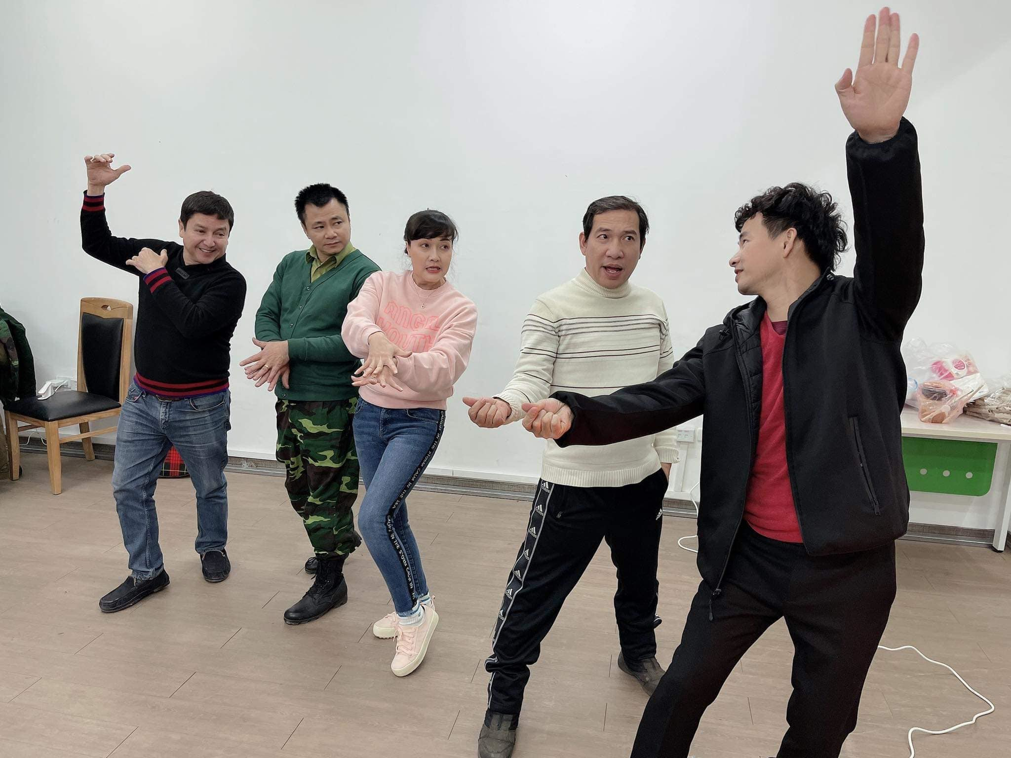 Chí Trung ngầm xác nhận Quốc Khánh sẽ tham gia Táo Quân 2021